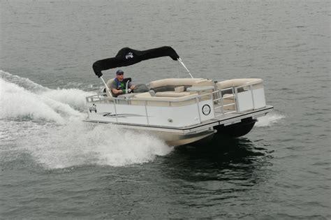 boats ylands island boats 18 22 pontoon deck boat magazine