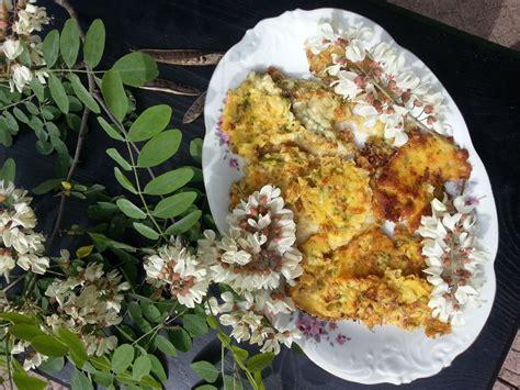 frittelle con fiori di acacia frittelle di fiori di acacia cosa ti preparo per cena