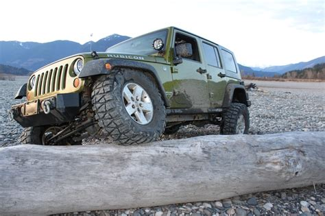rescue green jeep rubicon rescue green jeep jk wrangler rubicon rides pinterest