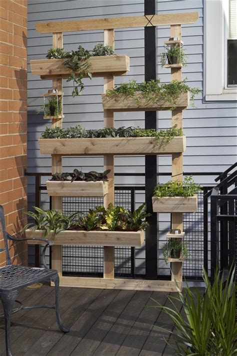 How To Make Planters From Pallets by Diy Recycled Pallet Garden Planters Pallets Designs