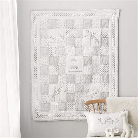 Cot Quilts by 17 Best Ideas About Cot Bed Quilt On Grey Cot