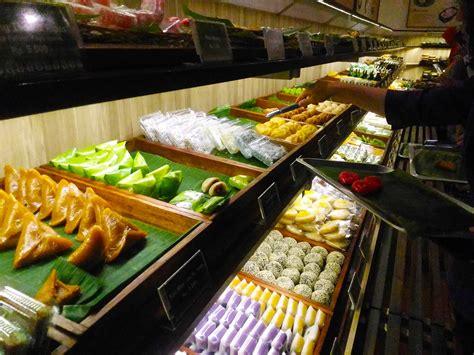 toko kue sari sari pusatnya jajanan tradisional