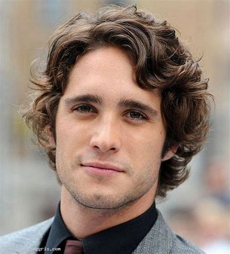 Hairstyles For Guys With Wavy Hair by Best Hairstyles For Boys And