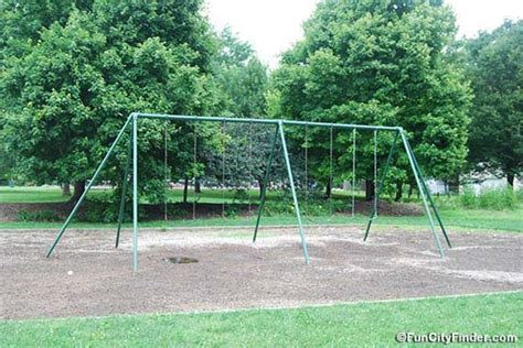 swinging csites swing site 28 images best metal swingset the backyard