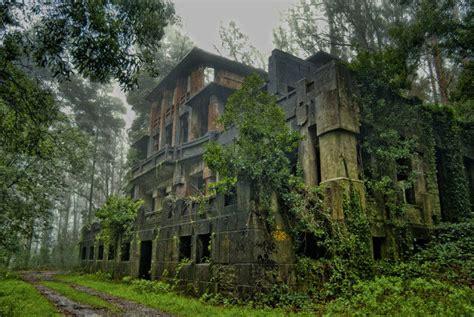 hercule y terrassa un los 18 lugares abandonados m 225 s espectaculares de espa 241 a