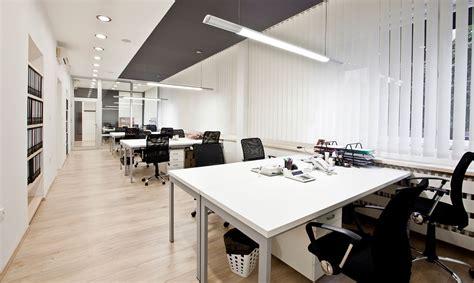pavimenti galleggianti per uffici pavimenti galleggianti e sopraelevati prezzi e consigli