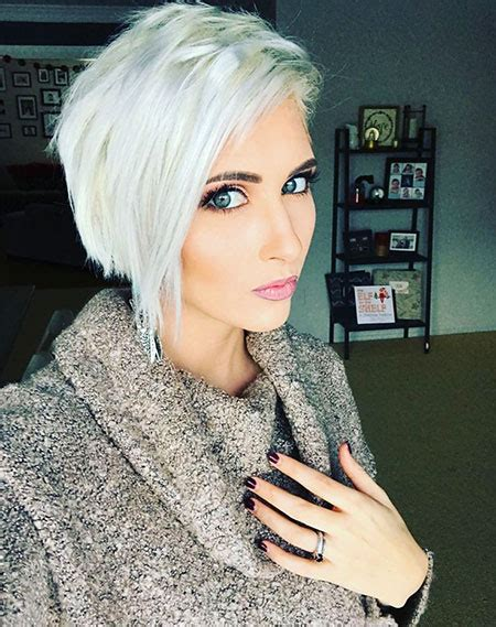 platinum hair on older women 43 short platinum blonde hair color ideas blonde