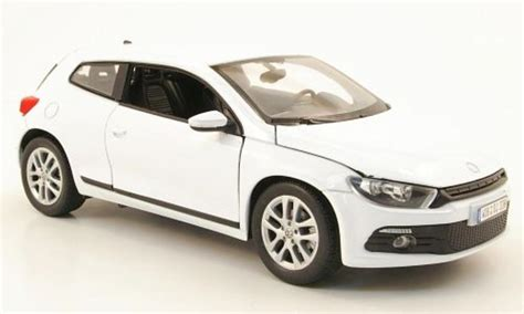 Vw Scirocco Putih Skala 1 24 Welly Diecast Miniatur volkswagen scirocco 3 white welly diecast model car 1 24 buy sell diecast car on alldiecast co uk