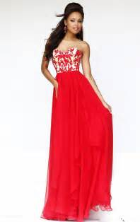 tips for wearing long red dress
