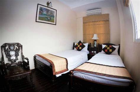 Hong Ngoc Tonkin Hotel: UPDATED 2017 Reviews, Price