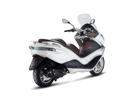 Günstige Gebrauchte Motorräder Mit Abs by Piaggio X10 125 Occasion Piaggio Piaggio X10 125 Occasion