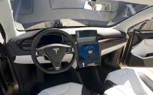 http image motortrend a model x interior jpg
