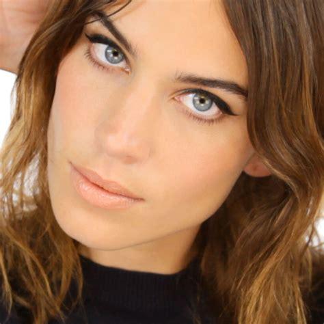 makeup tutorial lisa eldridge lisa eldridge make up tutorial with alexa chung marie claire