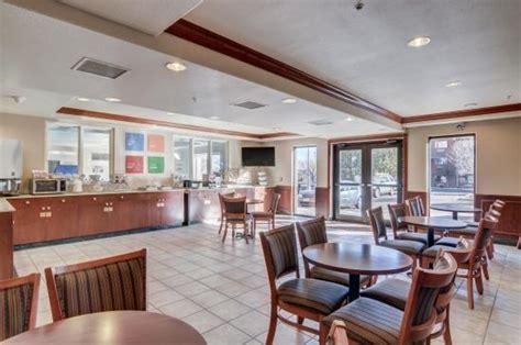 Comfort Suites Lakewood Colorado by Comfort Suites Lakewood Denver Updated 2017 Hotel