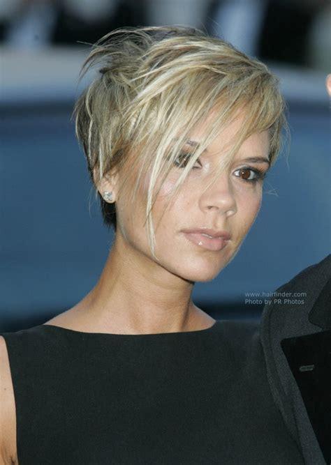 Victoria Beckham's short hairstyle   Marion Cotillard's