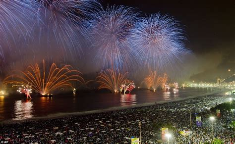 spectacular fireworks welcoming new year 2012