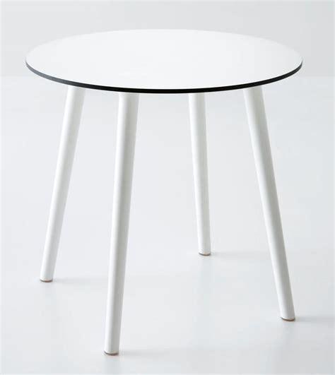 tavoli in plastica per esterno tavolo rotondo in plastica per esterni idfdesign