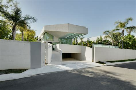 fresh home com the luxurious jellyfish house with spectacular views of