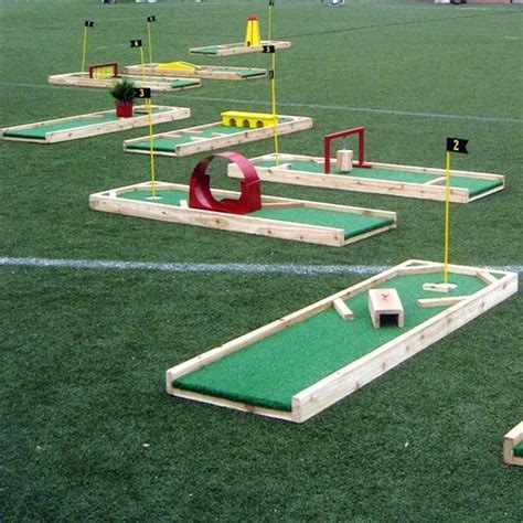 backyard putt putt best 20 backyard putting green ideas on pinterest