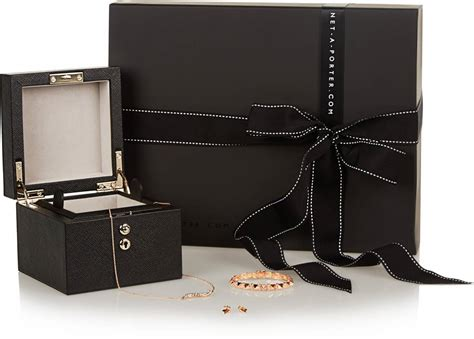 Haute Gift Guide Luxury Gifts For by Haute Living S Luxury S Gift Guide For