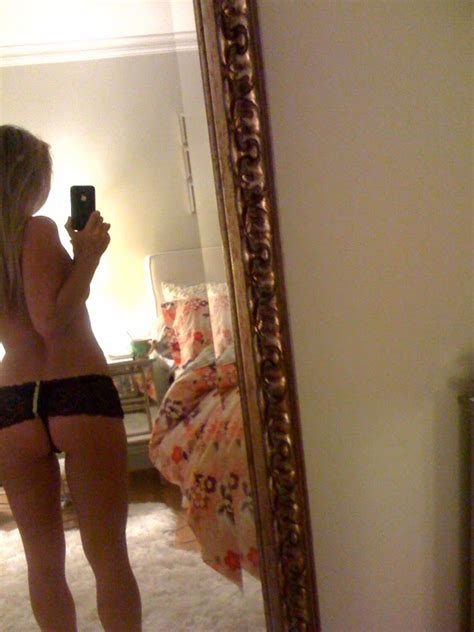 Becca Tobin Leaked Nude Pictures From Hacked Iphone Sexy Erotic Paradise
