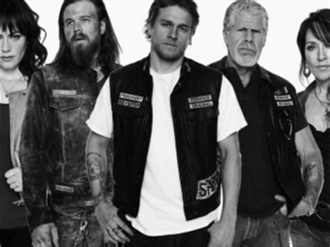 sons of anarchy reviews metacritic