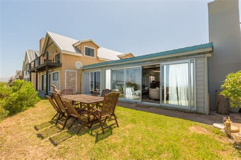 self catering cottage whale view cottage self catering accommodation in witsand