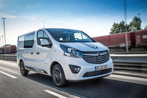 Opel Pl by Dostawczy Opel Na Sportowo Autocentrum Pl
