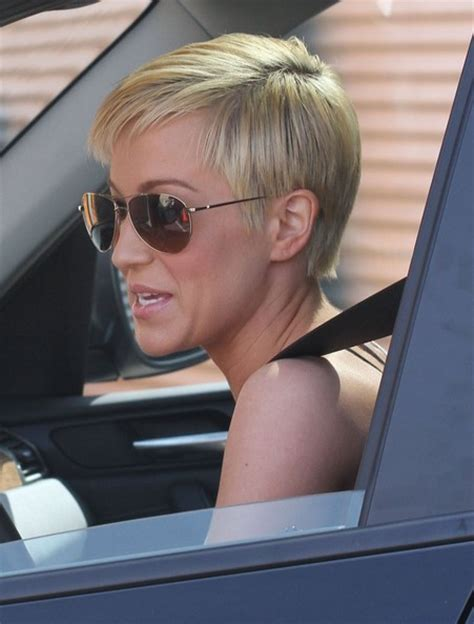 kellie pickler short haircut on dancing with the stars kellie pickler dwts shorthair hairstylegalleries com