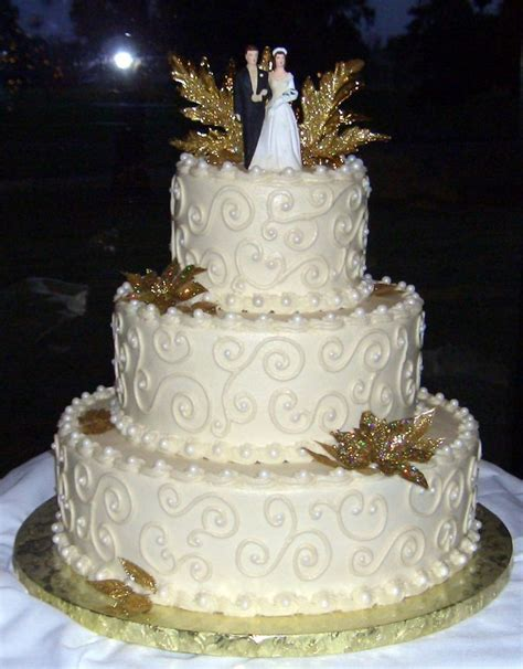 50th Anniversary Wedding Cake   All buttercream icing and