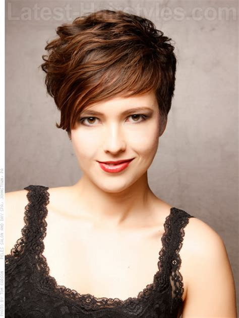 hairstyles with volume at the crown sassy short haircuts