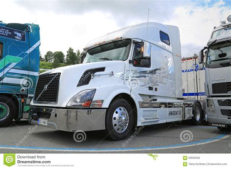white volvo truck white volvo vnl truck tractor editorial stock photo