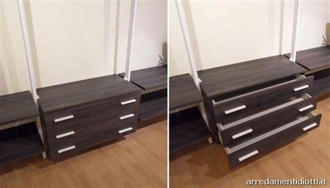 montanti per cabina armadio cabina armadio eureka con montanti in alluminio diotti a