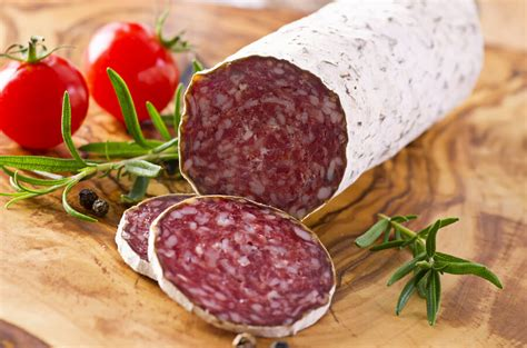 what is made of the about what is salami made of