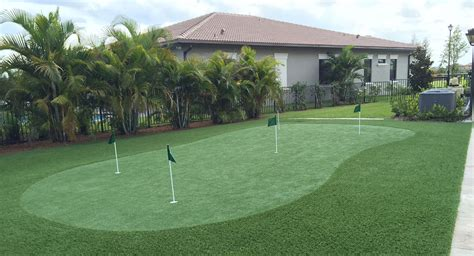 putting greens for backyards home putting greens backyard synthetic grass putting green