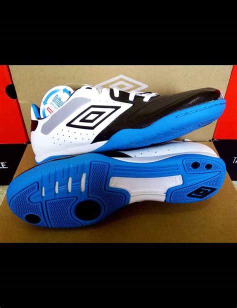 Sepatu Futsal Umbro Geometra sepatu futsal umbro