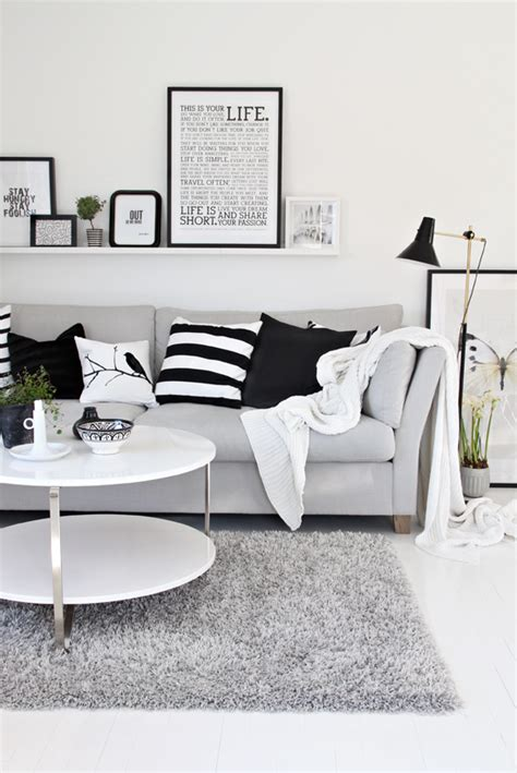 Grey Black And White Living Room | halcyon wings black white and grey living room