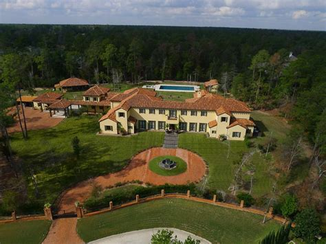 Newly Listed $14 Million Tuscan Estate In The Woodlands