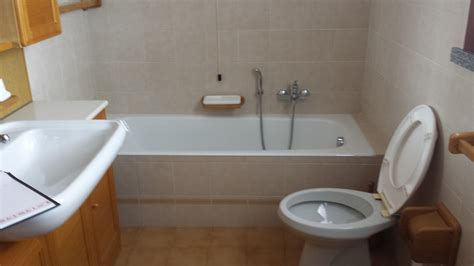 verniciatura vasca da bagno cartongesso bagno piastrelle