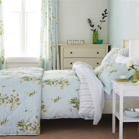 Berry Purple Botanical Bedding Sanderson Capuchins At Bedeck 1951 Sanderson Bedding Sets Dandelion Clocks Aqua Bedding Sanderson Ebay Sanderson Tournier Duvet