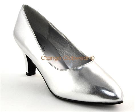 high heels for wide width pleaser womens wide width 3 quot silver pumps high heels