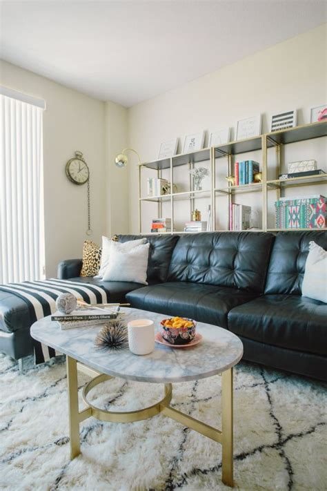 Living Room With Black Leather Sofa Best 25 Black Leather Sofas Ideas On Pinterest Living Room Decor Black Leather Sofa Black