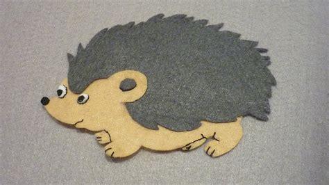 felt applique make a felt applique hedgehog diy crafts