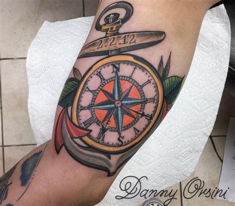 kompass tattoos ideen und bedeutungen