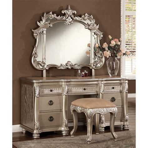 Bedroom Vanity Ls by Bellevue Vanity Table In Antique Silver Dcg Stores