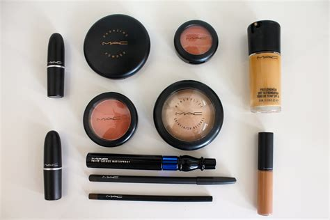Does Mac Cosmetics mac cosmetics is giving away free products this month