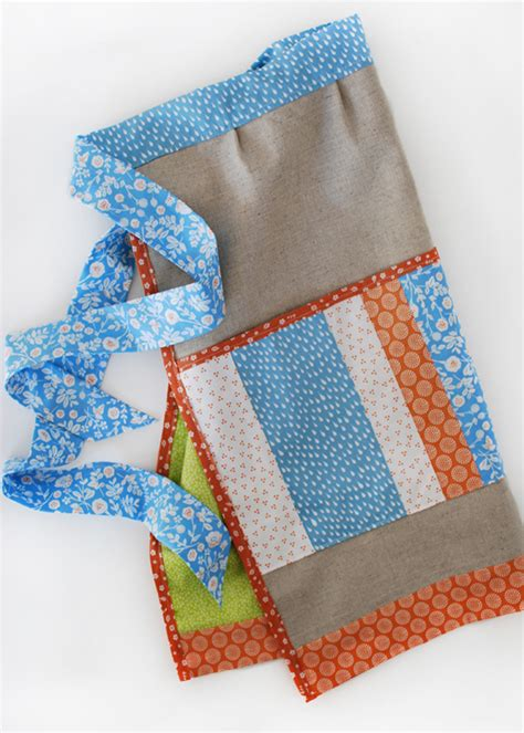 Project Patchwork - project patchwork pocket apron by tilse dailylike