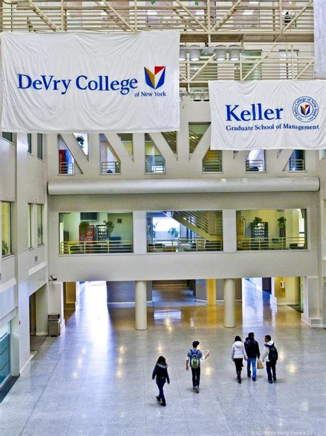 Devry Keller Mba by Devry To 14 Physical Locations Shift Them To