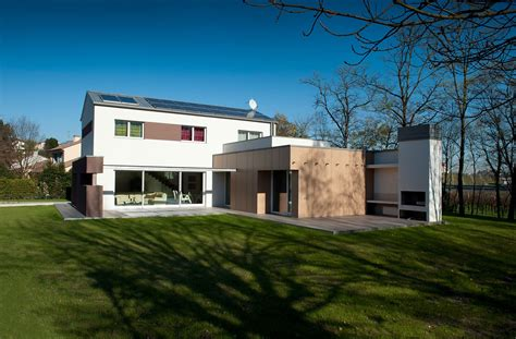 öko Holzhaus by Villa I Passivhaus Lignoalp