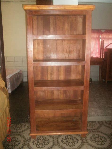 estante para livros rustica estante em madeira rustica r 800 00 em mercado livre